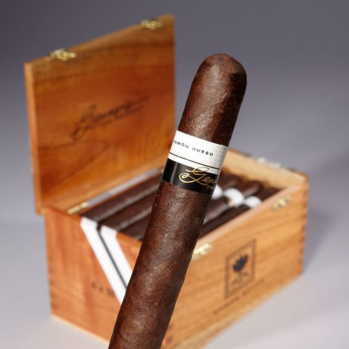 Ramon Bueso Genesis Robusto - Box of 20
