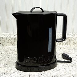 Bodum IBIS 57oz. Electric Water Kettle