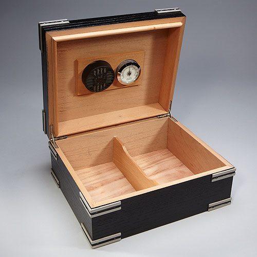 Small Ironsides Humidor Cigar Com