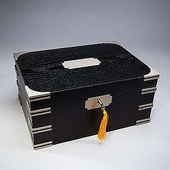 Search Images - Large Ironsides Humidor  100 Cigar Capacity