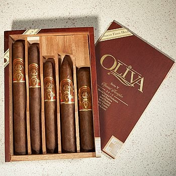 Search Images - Oliva Serie 'V' Sampler Box  5 Cigars