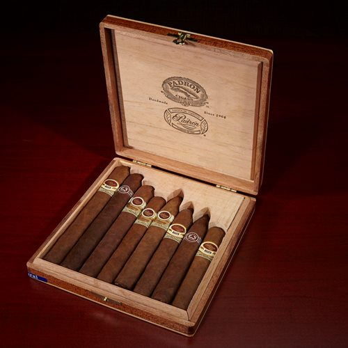 Padron 8-Cigar Sampler Natural