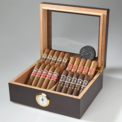 Romeo y Julieta Humidor Collection