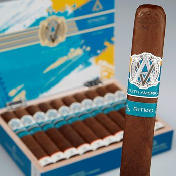 Search Images - AVO Syncro Ritmo LE 30 Years Cigar